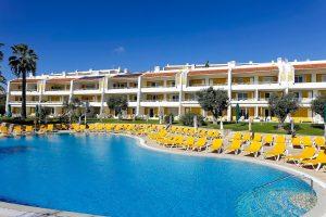W jaki sposób dokonać rezerwacji w hotelu? Podstawowe informacje o bookingu