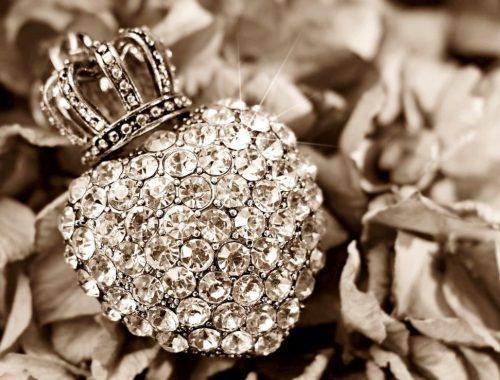 Srebrna biżuteria - idealny wybór na każdą okazję.